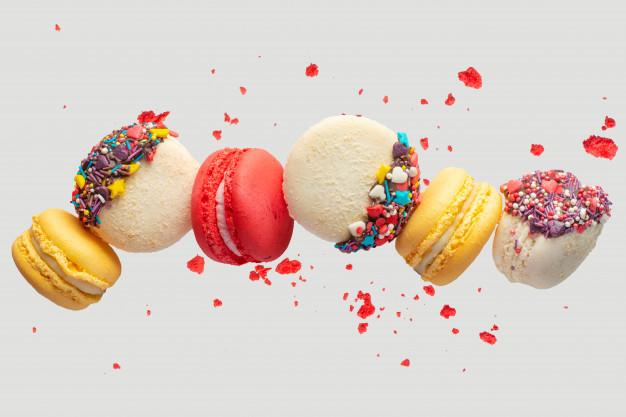 macarons colorate cu continut ridicat de zahar