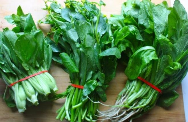 spanac de mustar legaturi, frunze verzi